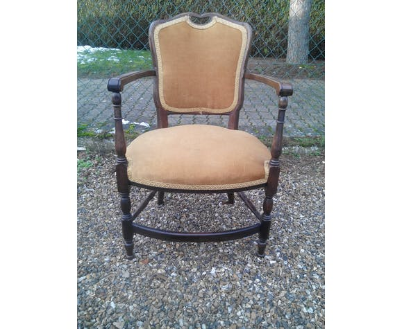 Old style Board Chair