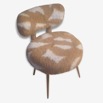 Vintage 1950s to synthetic fur chair