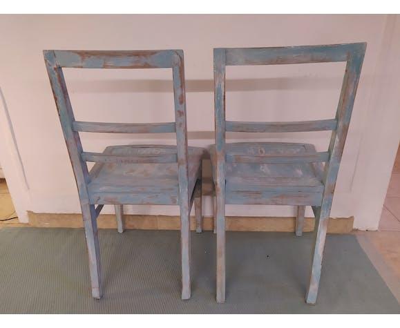Paire de chaise en bois patiné bleu