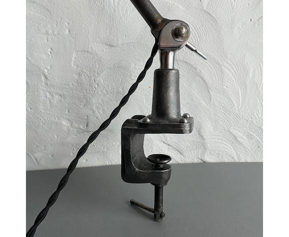Ancienne lampe etau industrielle bauhaus