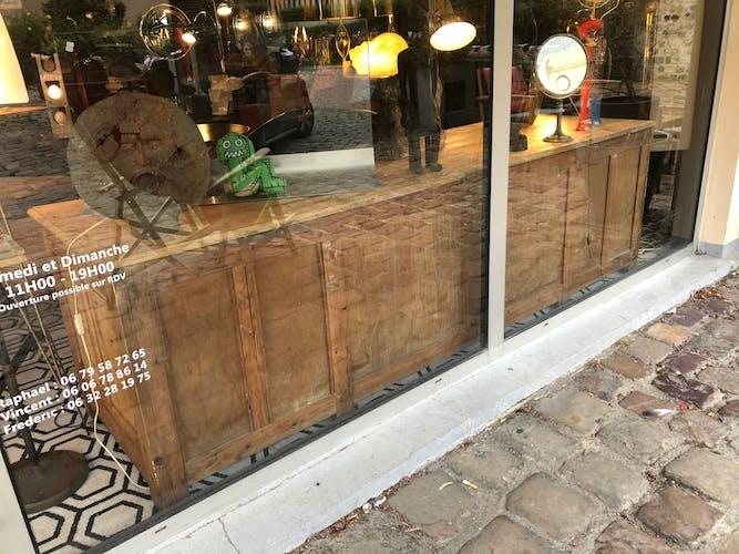 Ancien comptoir de magasin