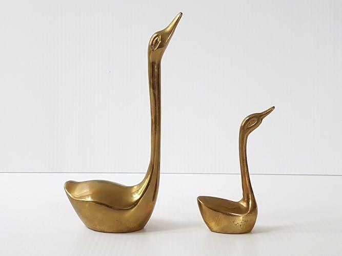 Set of 2 brass swans, 1970