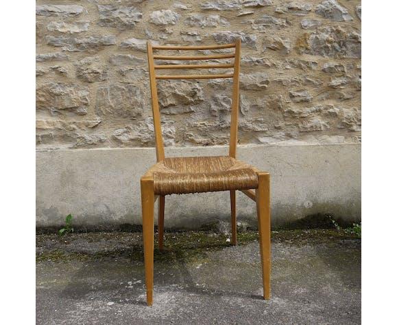 Six chaises paillée en bois