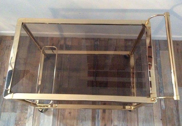 Desserte bar sur roulettes en laiton et métal doré