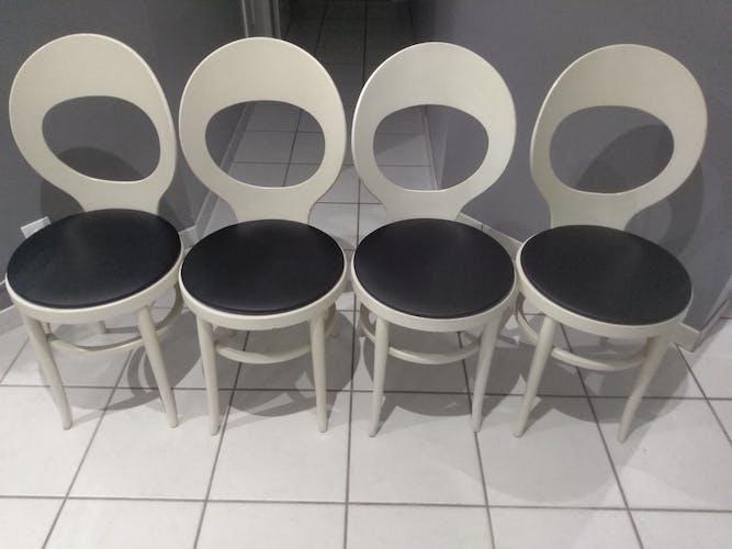 Suite de 4 chaises de bistrot Baumann modèle Mouette vintage