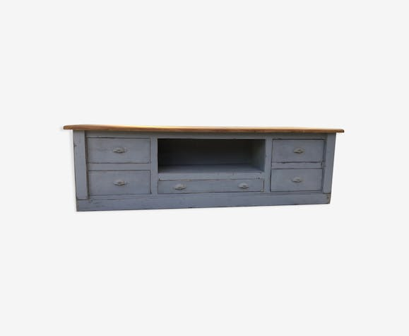 Patinated drawer cabinet