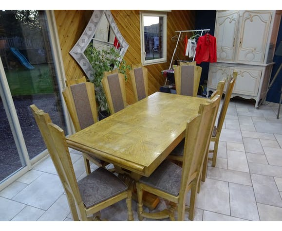 table 8 chaises des années 50