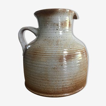 Speckled enamelled sandstone pitcher from Manufacture Sandstone of the Marais