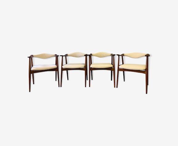 Série de 4 chaises scandinaves datant des années 60