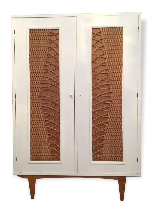 armoire rotin chêne tellement pratique :) - bois (matériau) - bois