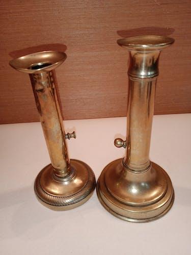 2 bougeoirs bronze 19 eme