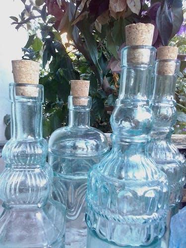 Lot de bouteilles à liqueur anciennes
