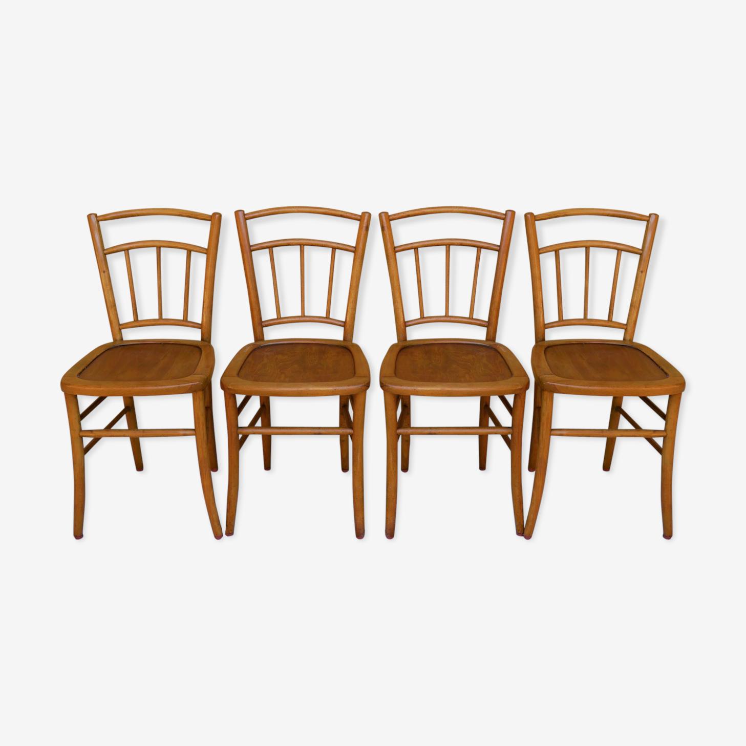 Série de 4 chaises bistrot par Luterma