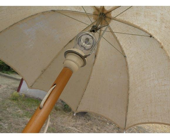 Lampadaire vintage forme ombrelle bois et tissu écru
