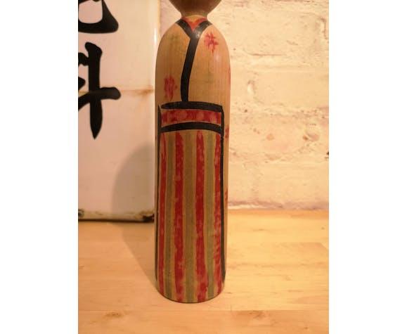 Poupée Kokeshi peinte à la main japonaise des années 1950