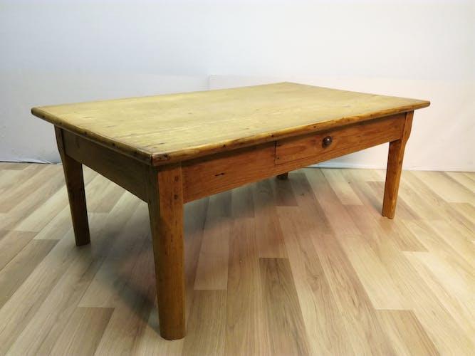 Table basse campagnarde des années 50