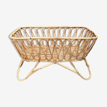 Baby cot in rattan