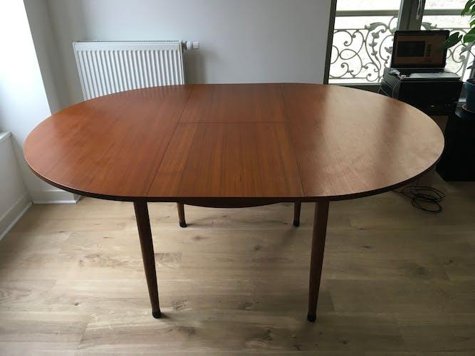 Table ronde à rallonge en teck années 60