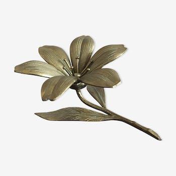 Fleur en laiton
