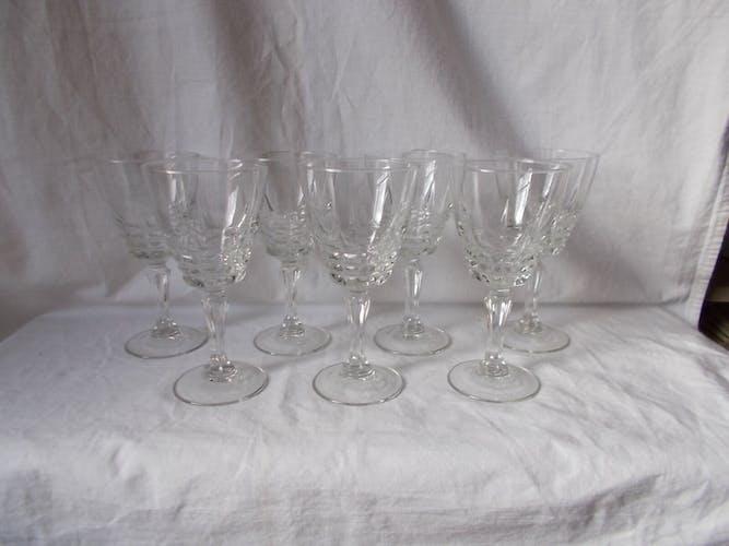 Set 7 old glasses