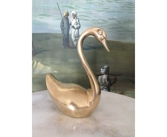 Golden brass swan 23x18