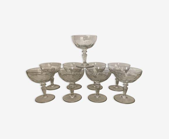 Set de 9 coupes Baccarat en verre