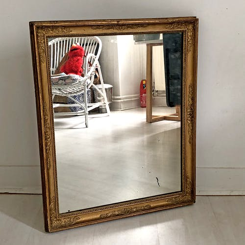 Mirror Restoration period in wood and gilded stucco 50x61