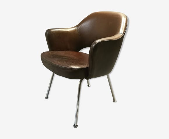 Eero Saarinen leather conference armchair