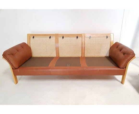 Canapé édité par Ulferts Sweden structure en bois canné années 1960