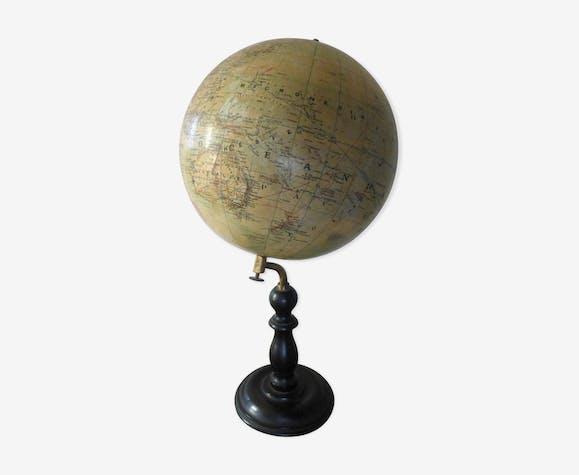 globe terrestre 19eme papier multicolore vintage xgpxyzk. Black Bedroom Furniture Sets. Home Design Ideas
