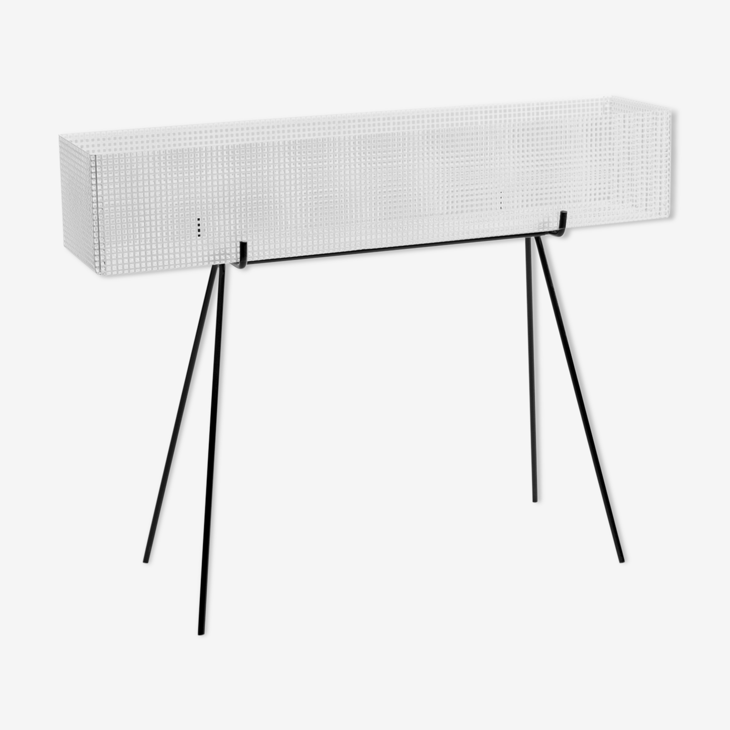 Carries metal perforated white plant