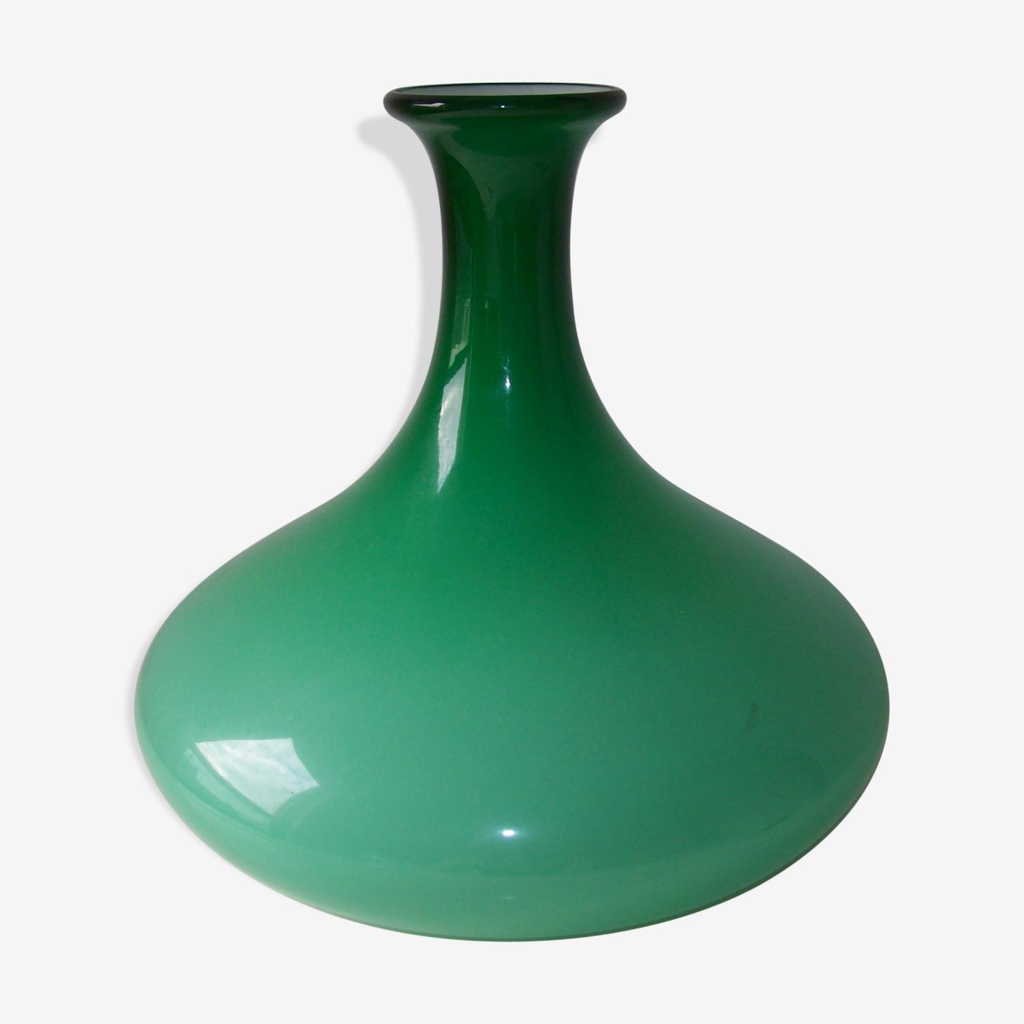 Vase vintage en opaline verte