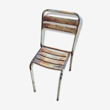 Chair in steel with an original patina