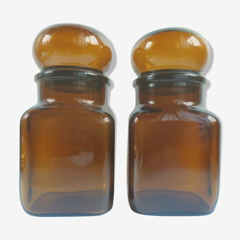 Paire de bocaux en verre ambré
