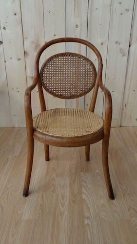 Chaise enfant en bois courbé et cannage