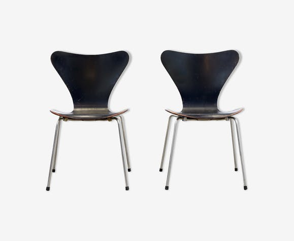 Deux chaises Butterfly par Arne Jacobsen modèle 3107