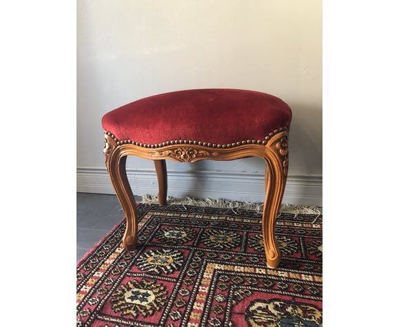 Repose pied ancien, velours rouge