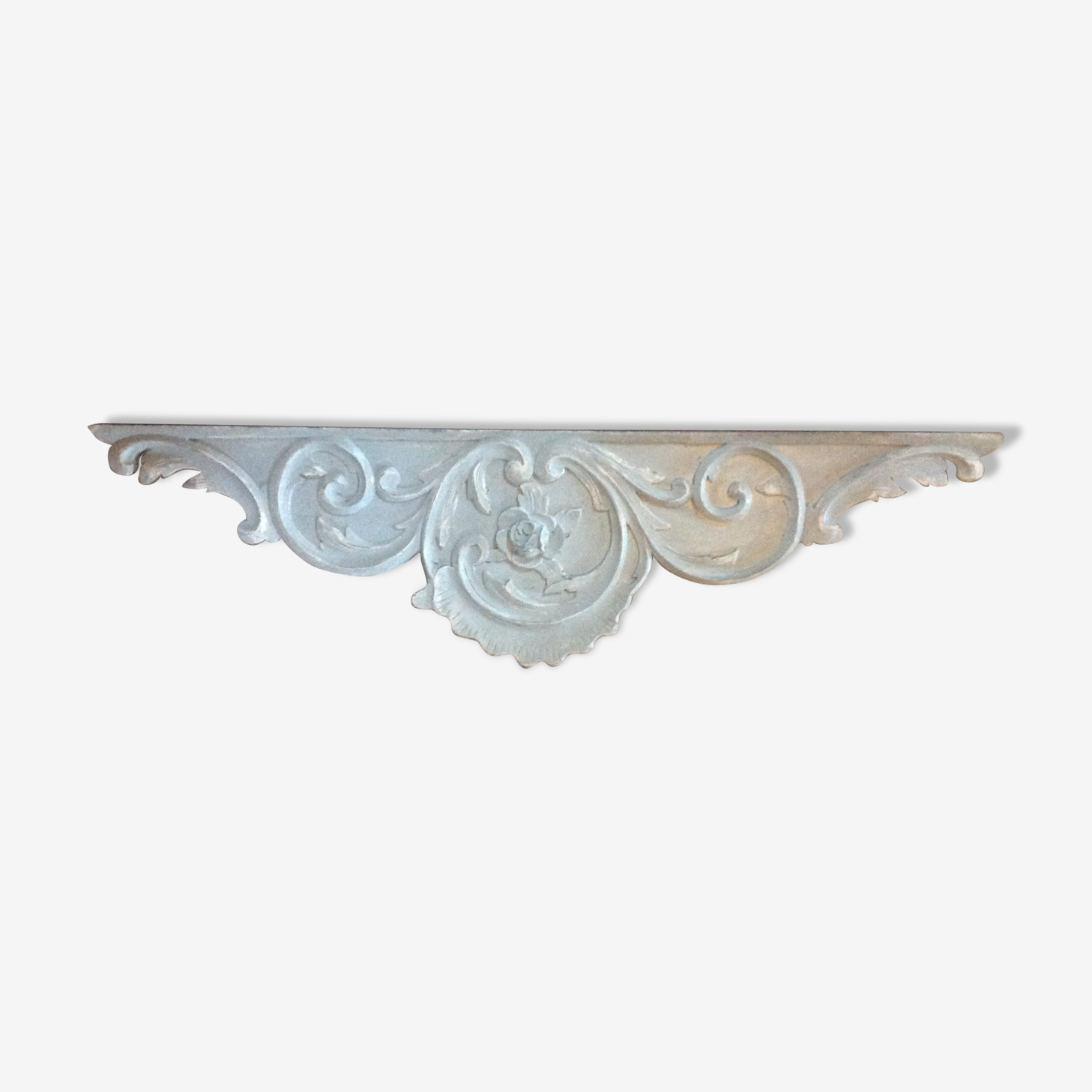 Fronton bois fleuri patiné gris blanc