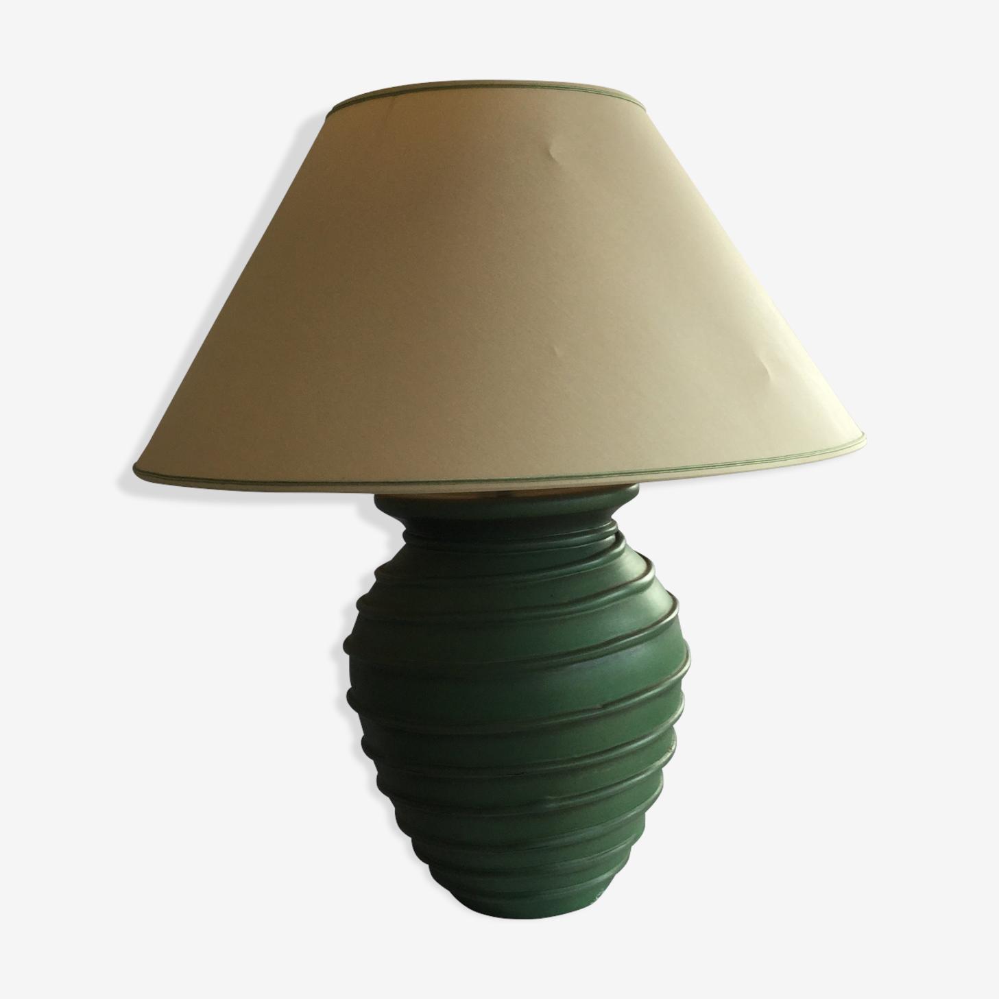 Earthenware lamp