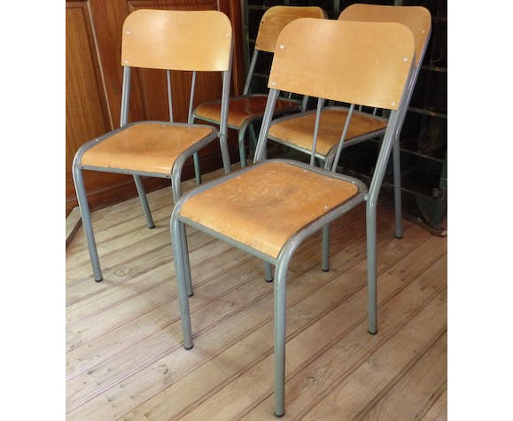 Set of 4 chairs of schoolboy