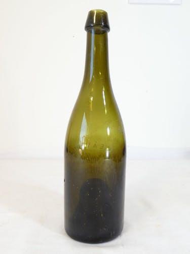 Bouteille en verre soufflée 19eme limonade gazeuse g.coulloudon a gueret