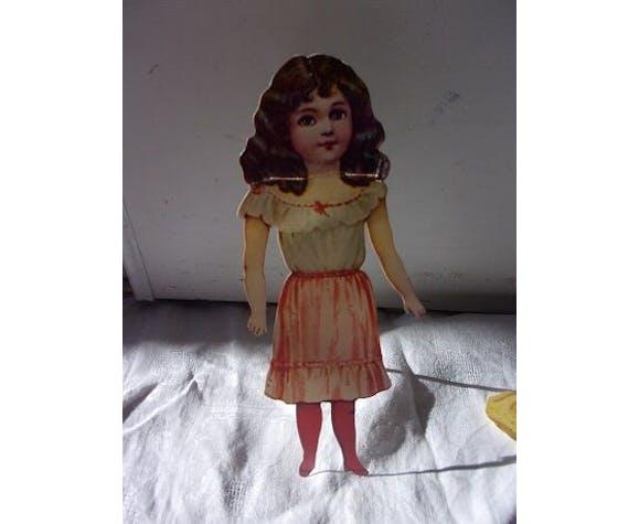 Poupée Pauline en carton dans sa boîte d'origine