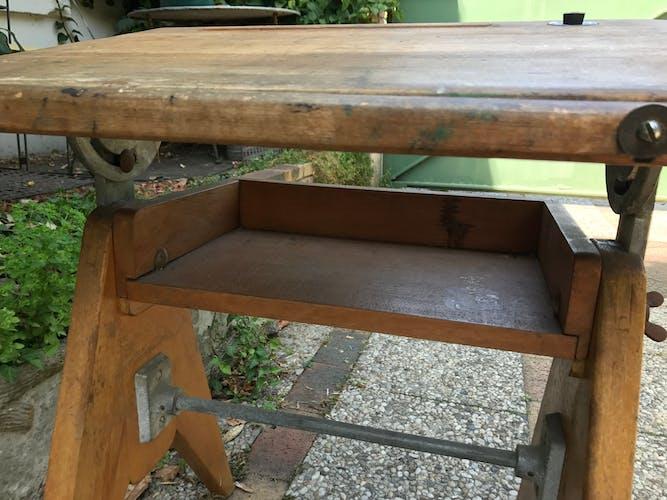 Bureau pupitre d'écolier avec sa chaise vintage