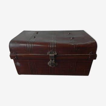 Travel Japanned steel trunks