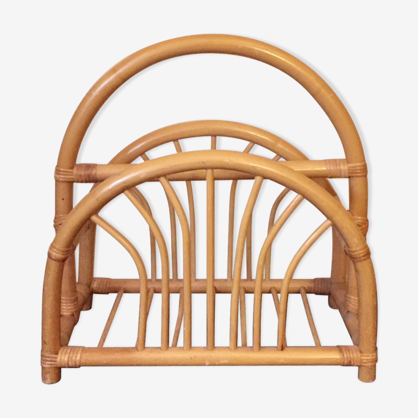 Magazine rack in bamboo