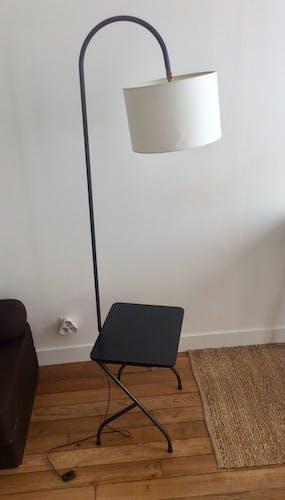 Lampadaire vintage avec tablette