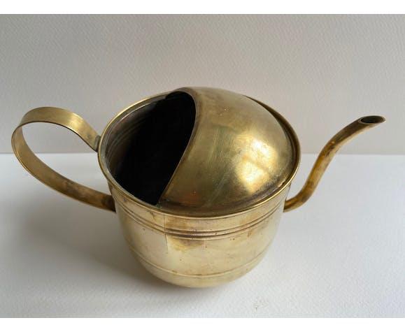 Arrosoir en laiton doré