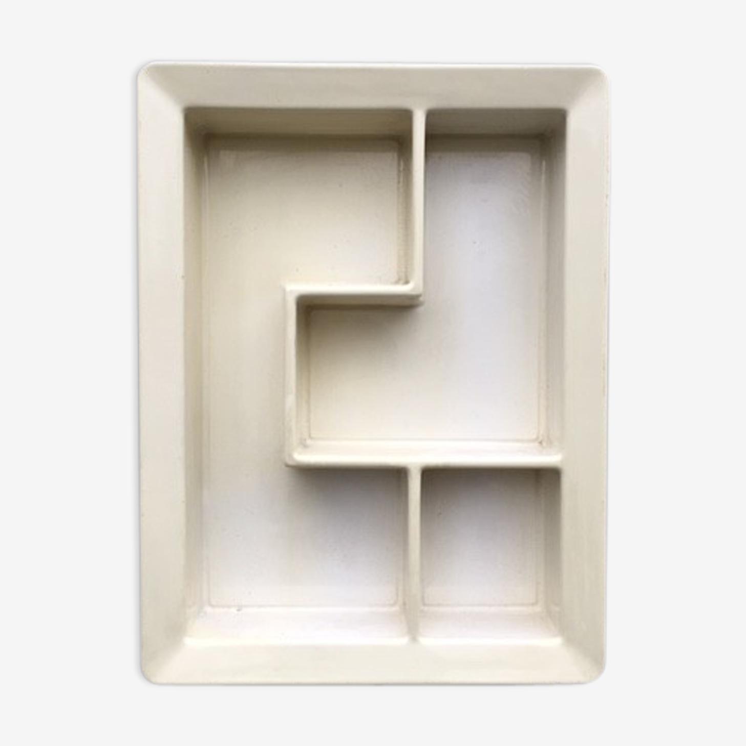 J boy ed Formag design shelf