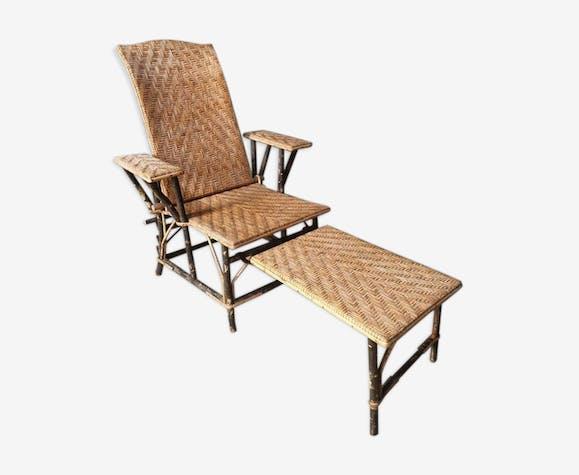 Chaise longue de jardin en rotin