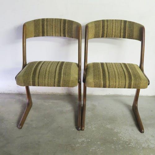 Paire de chaises scandinaves